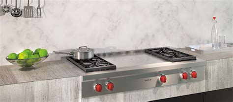 """Wolf 48"""" Sealed Burner Rangetop - 4 Burners and French Top"""