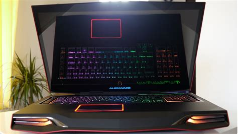 Alienware M18x R2: Detailed HD Review and Benchmarks - YouTube
