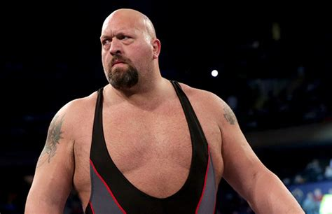 Big Show Not Injured at WWE Live Event In Belfast - PWPIX