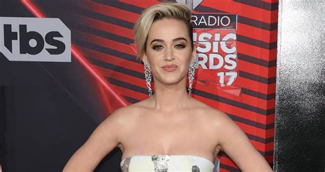 Katy Perry Teases Upcoming Single 'Bon Appetit' With