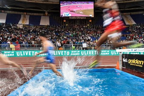 IAAF extends Russia's ban from track and field, confirms