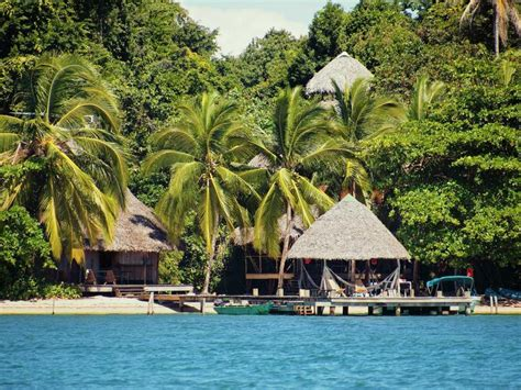 Costa Rica Vacation Package: A Tropical Getaway to Quepos