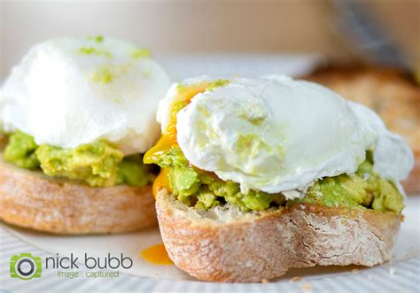 Poached egg, crushed avocado on sourdough bread