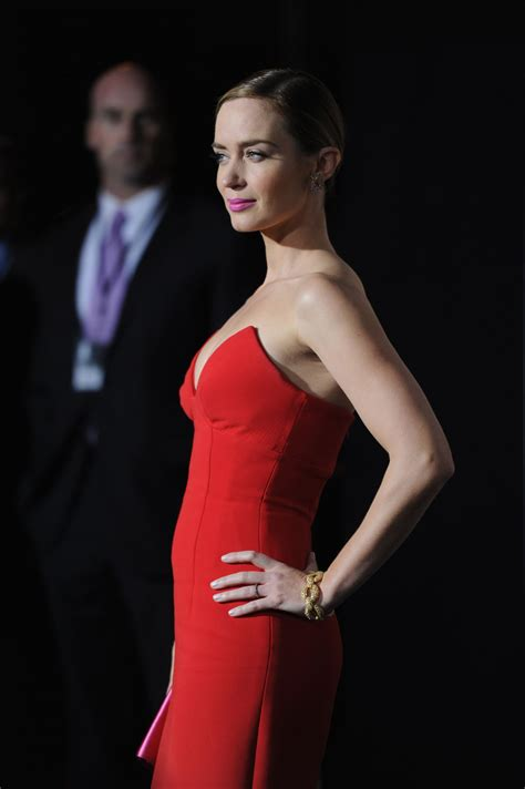 Emily Blunt At Edge of Tomorrow Premiere In NY - Celebzz