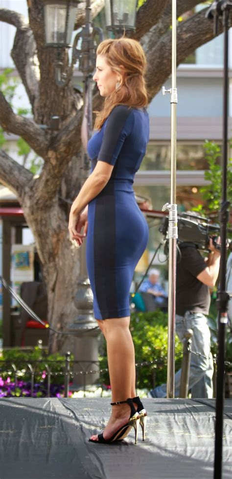 Latest and Hottest from Hollywood Beauties: Maria Menounos