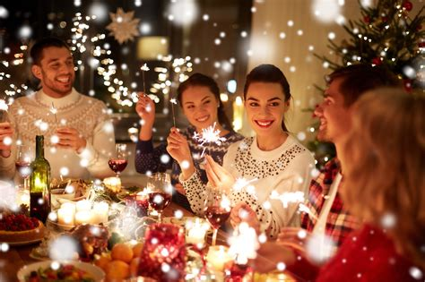 Christmas Party Food Ideas: Appetizers and Snacks To Deck