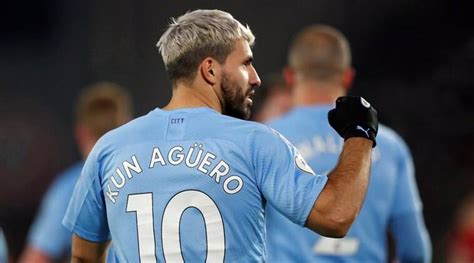 Sergio Aguero laces up his boots for virtual Formula 1
