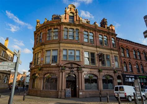Historic Leeds pub The Adelphi set to reopen after £
