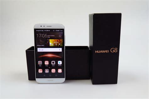Huawei G8 Unboxing: Between the Mate and the Honor, With 2